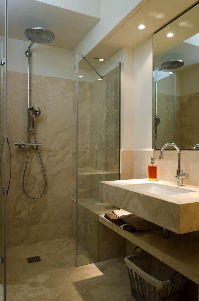 Rivestimenti bagno piccolissimo bagno piccolo senza - Ricoprire piastrelle bagno ...