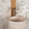 "Lavabo freestanding in travertino ""Colonna"""