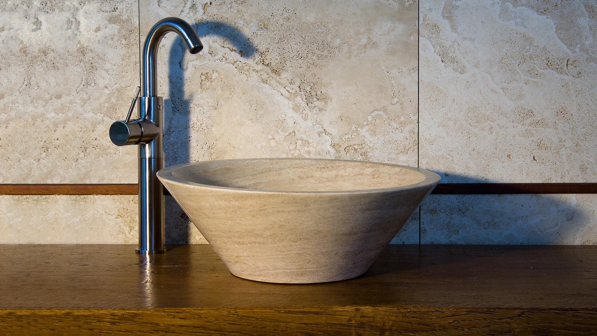 Rundes Waschbecken.Kleines Rundes Waschbecken Aus Travertin Talla