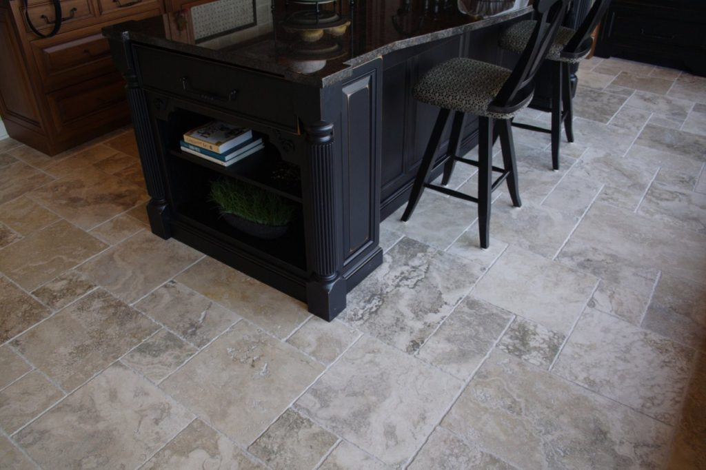 Floors and stone coverings