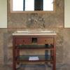 """Mobile da bagno """"Piano"""" in legno e travertino"""