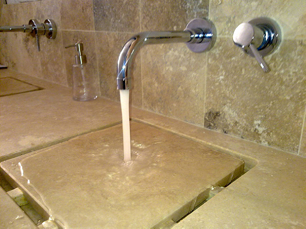 Beautiful bagno in pietra images amazing house design - Lavabo bagno finta pietra ...