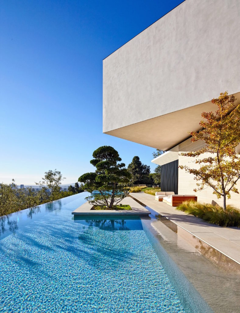 Eine Villa in Bel Air für Michael Bay