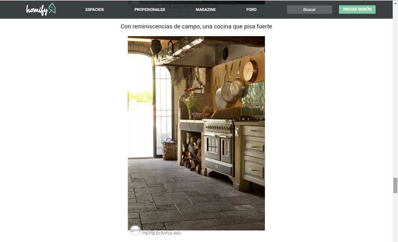 cucina rustica con pavimenti in pietra di rapolano