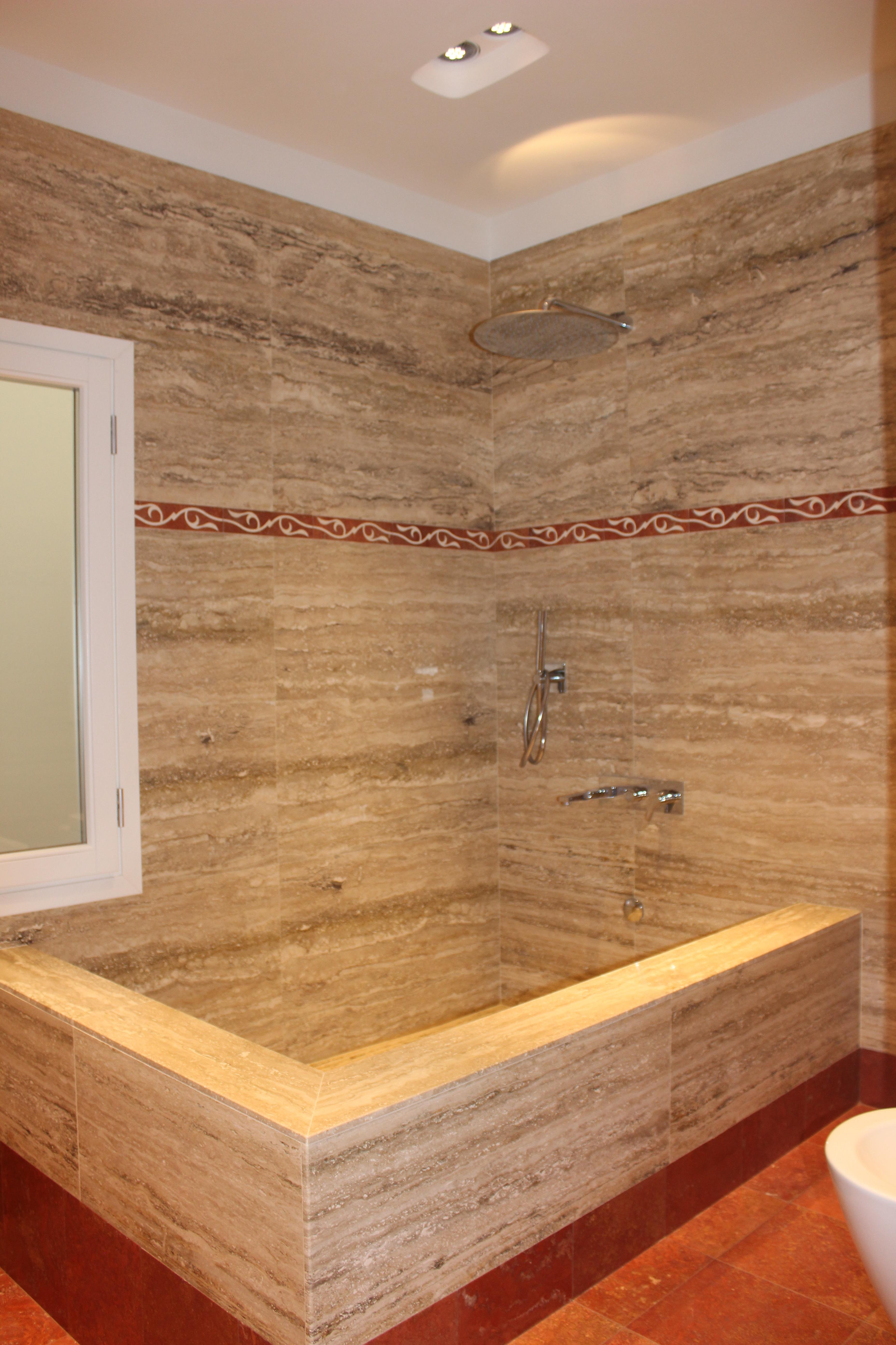 Rivestimenti In Pietra Bagno: Marmi sgambaro pavimenti in marmo rivestimenti pietra.