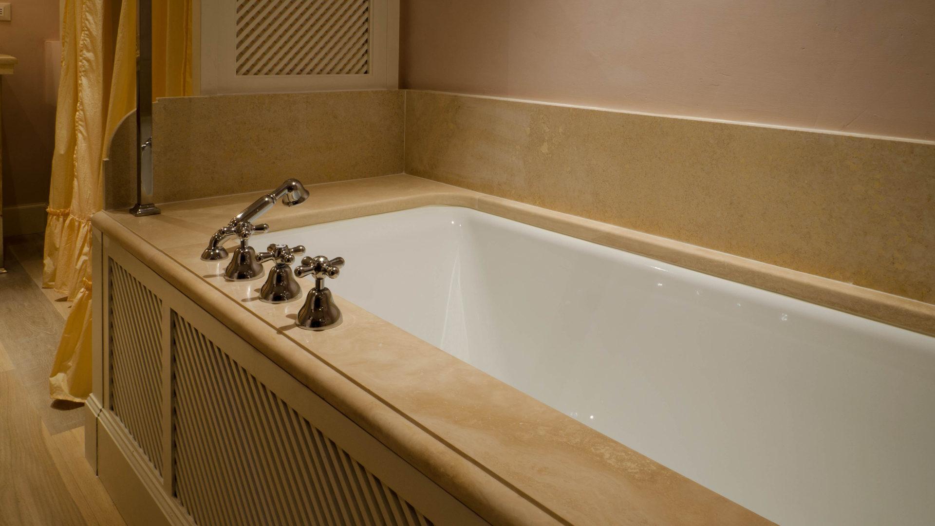 Vasca Da Bagno Firenze : Sedile da appendere ai bordi della vasca da bagno annunci firenze
