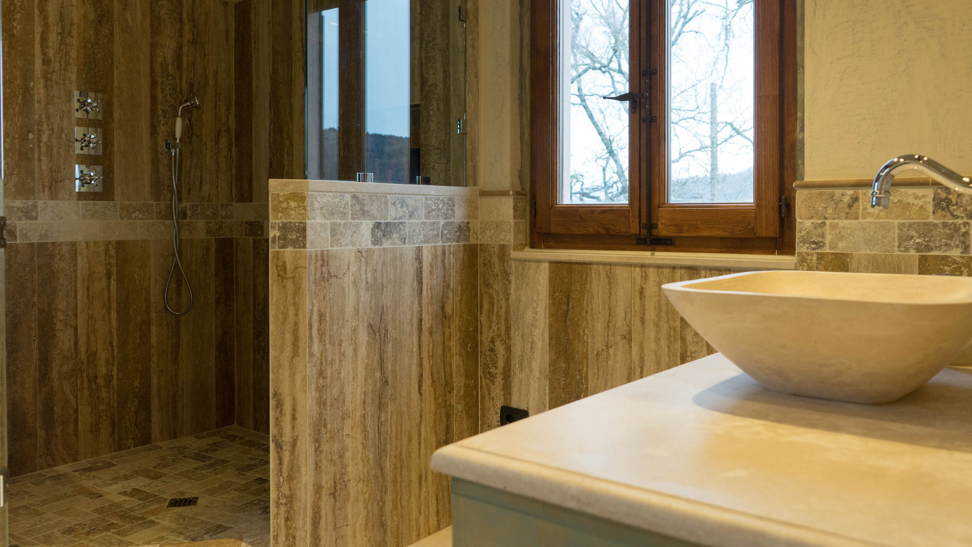 Bagno In Pietra Di Luserna : Lavabi bagno travertino pietre di rapolano