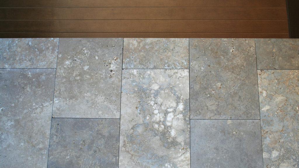 Pavimentazioni esterni travertino pietre di rapolano