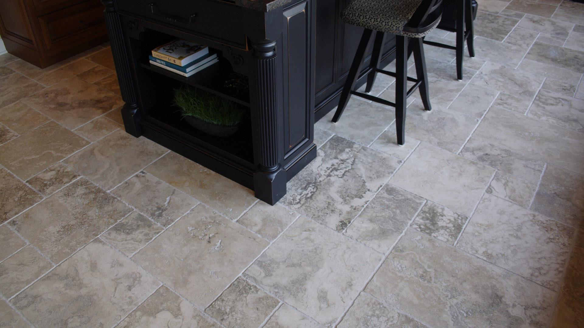Pavimenti e rivestimenti cucina in pietra pietre di rapolano - Pavimenti cucina ...