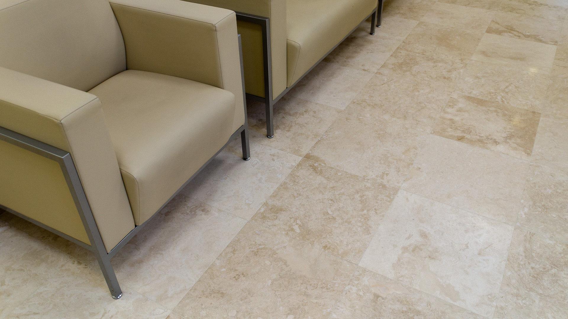 Pavimento In Pietra Naturale Per Interni : Idee di pavimenti in pietra per interni image gallery con