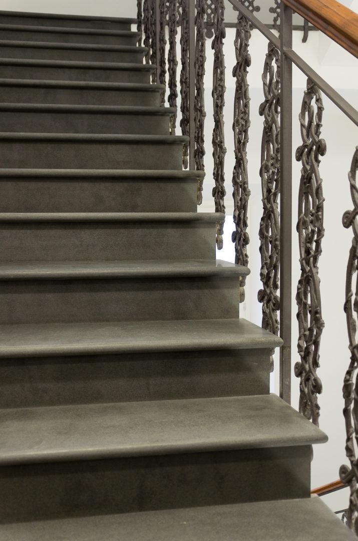Scale in marmo per interni - Pietre di Rapolano