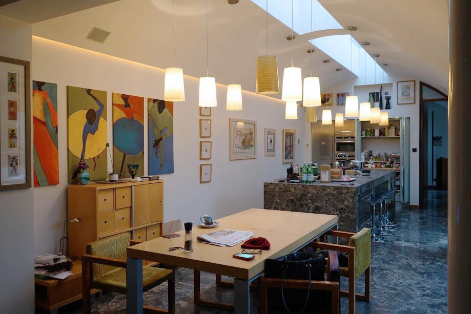 Paddy abitazione irlanda bancone in marmo scuro cucina zona giorno копия