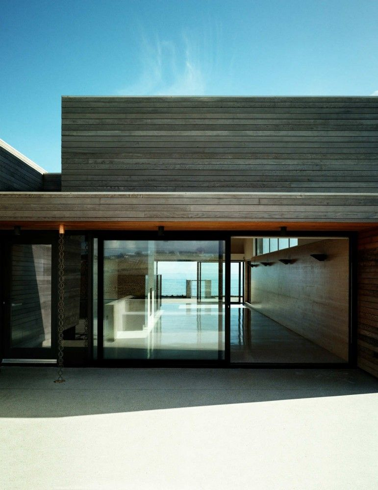 Seaside house di a architects