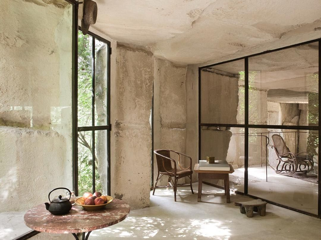 L'Illet Saint Symphorien in Bonnieux by Jonathan Architects