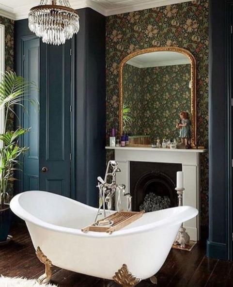 Caminetto in bagno