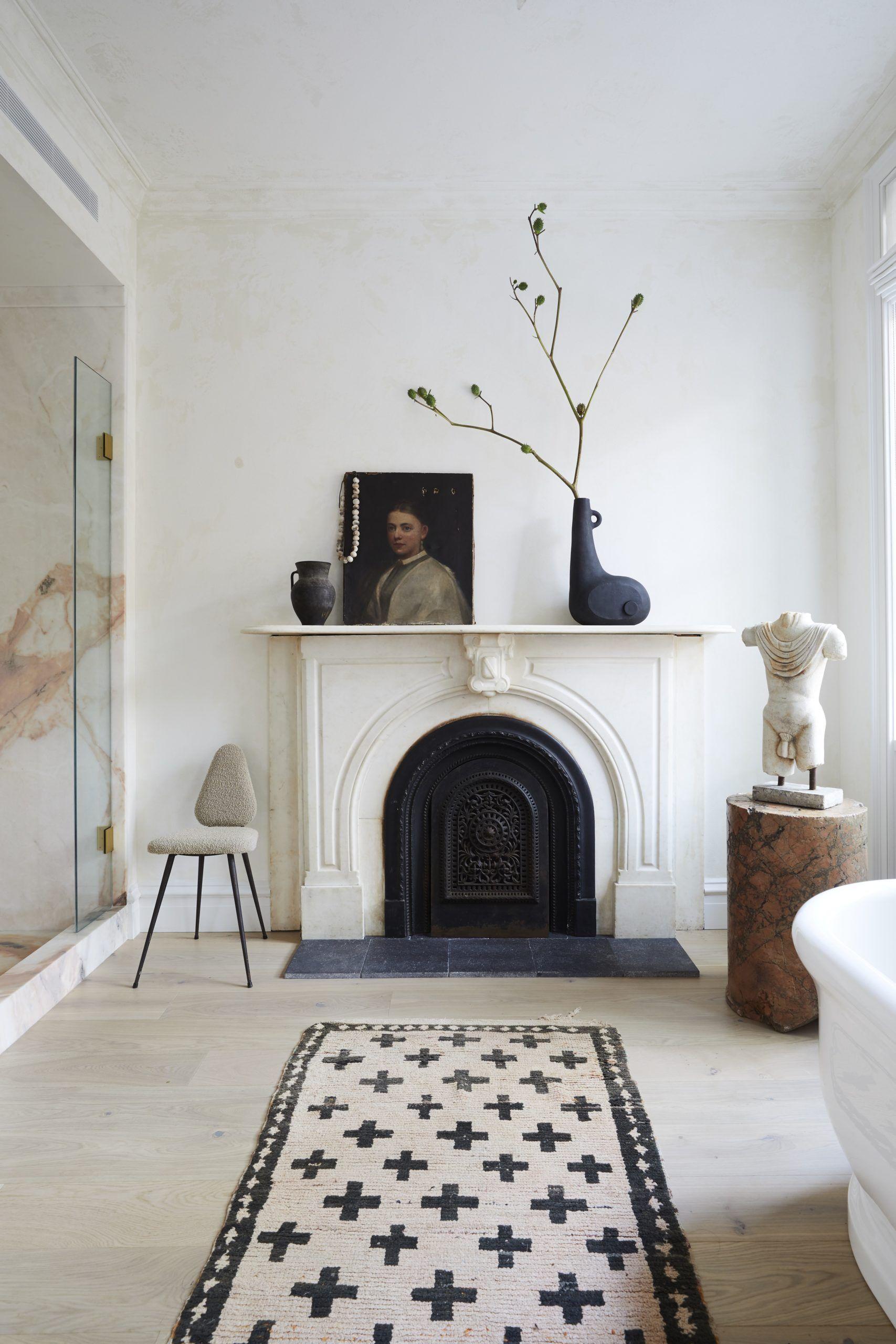 Caminetto marmo bianco