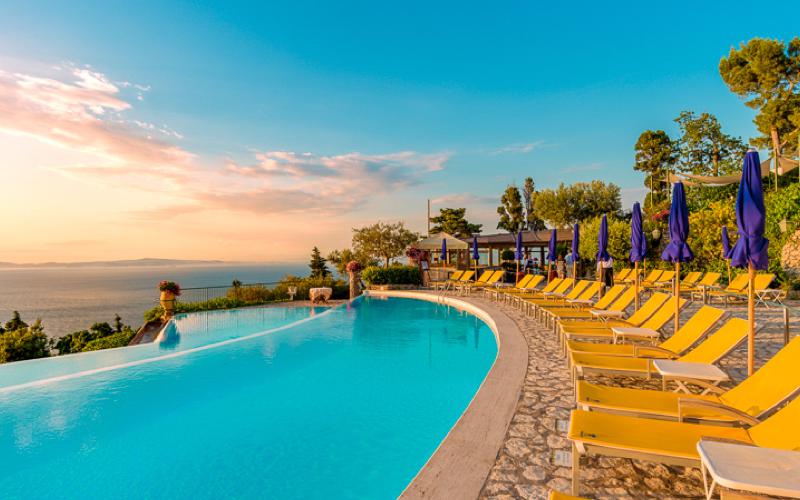 Hotel caesar capri piscina a sfioro