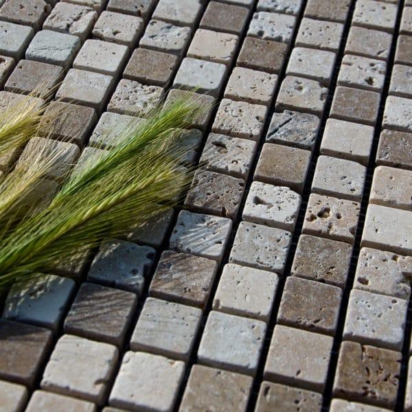 Mosaico x ciottolo in travertino x