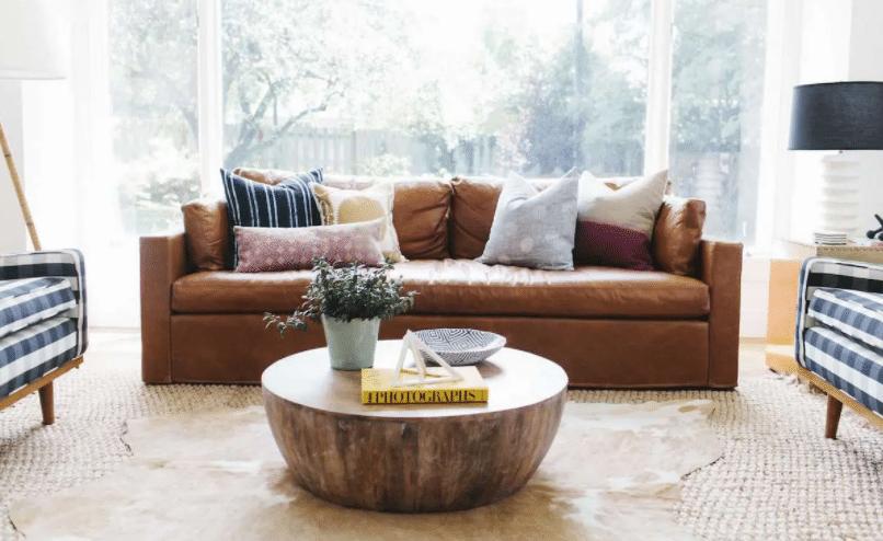 Soggiorno divano pelle family friendly