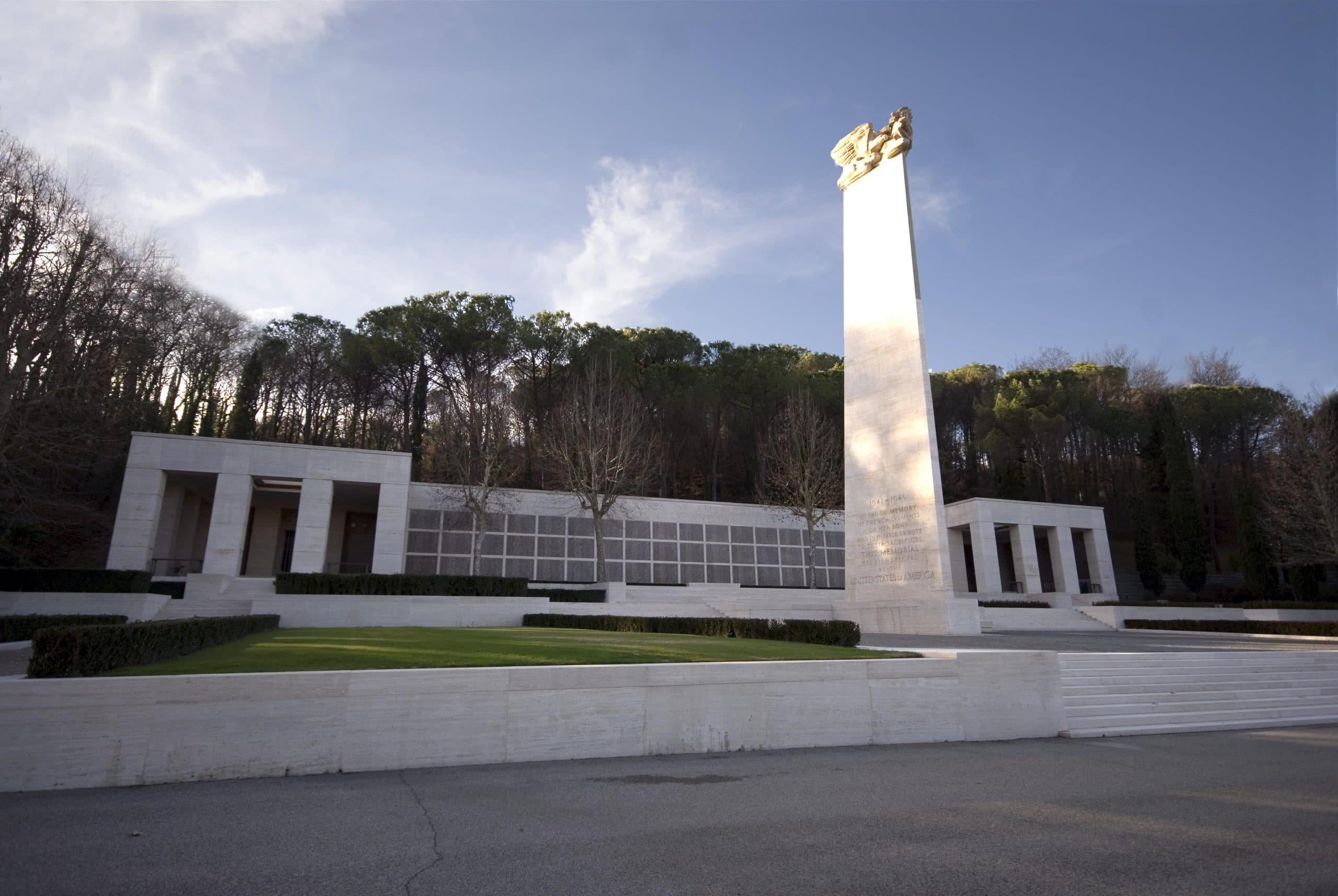 Altare cimitero americani