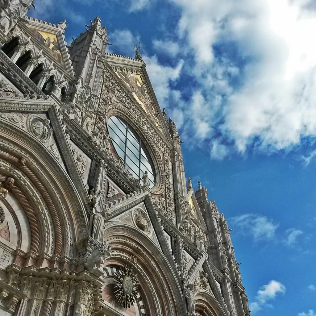 Pietre di rapolano siena duomo facciata church dome tuscany